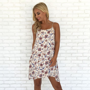 Amber Leaves Floral Shift Dress