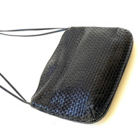 Vintage 1980s woven, black leather, cross body shoulder bag with knotted strap
