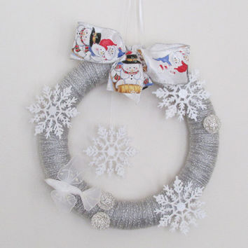 Winter Wreath, Yarn Wreath, Snowflakes and White Dove Wreath