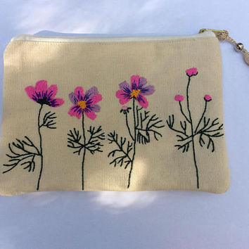 Cosmos flower pouch, hand embroidered canvas pouch, handmade item, Zippered bag, Pencil case, accessories pouch