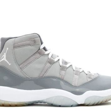 ONETOW Jordan: AIR JORDAN 11 RETRO 'COOL GREY 2010'