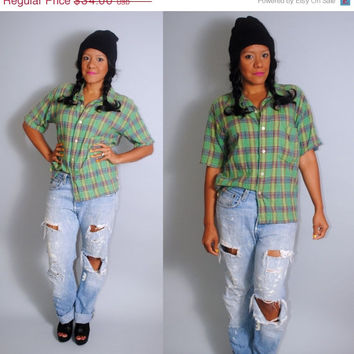 SALE Vintage 90s short sleeve greed PLAID GRUNGE soft cotton  button down shirt S M L