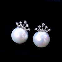Silver Crowned Pearl Earrings - LilyFair Jewelry
