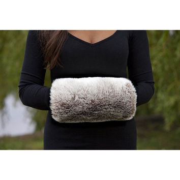 2015 Hot New Fashion Winter Luxurious Faux Rabbit Fur Muff Hand Warmer = 1931756932
