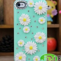 Hot New Big Rhinestone Girl Women Apple Iphone5 Case 5s 5g Case Iphone4 Case 4s 4g Case Chrysanthemum Iphone 5 Case Iphone 4 Case Shell,tell Me You Need Iphone4 or Iphone5 After You Order.thank You!