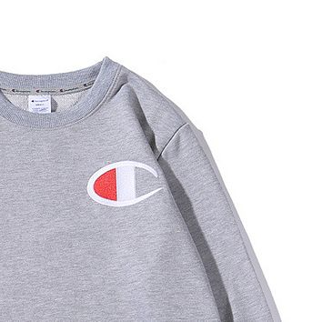 Champion chest logo big embroidery with the same round collar hooded sweater Gray
