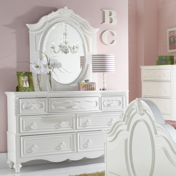 Samuel Lawrence Sweet Heart 7 Drawer Dresser