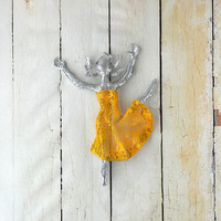 Metal art - Metal wall art  - Ballet dancer - home decor - woman dancing - wall hanging - wire mesh sculpture