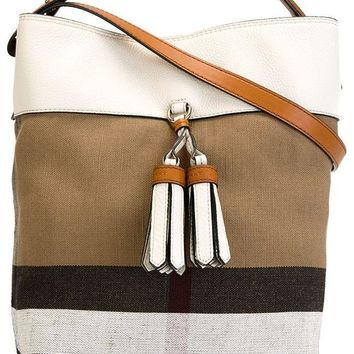 DCCK3SY BURBERRY Susanna Beige White Plaid Check Canvas Leather Tote Bucket Bag Handbag