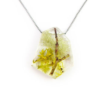 Twig Terrarium Resin Necklace • Nature Necklace • Eco Resin Pendant • Terrarium Jewelry • Moss Jewelry • Science Jewelry • Botanical Jewelry