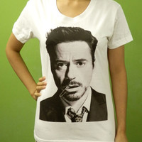 Robert Downey Jr Funny Mout w Paper Clip - Womens Crew Neck Printed White T Shirt Light and Soft (S,M,L)