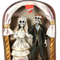 Skeleton Wedding Arch Day of the Dead Sculpture