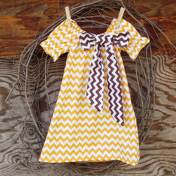 Girls Chevron  Dress, Peasant Dress, Gold and white, chevron bow, Fall Thanksgiving, 12, 18 months, 2 T and 3 T  size
