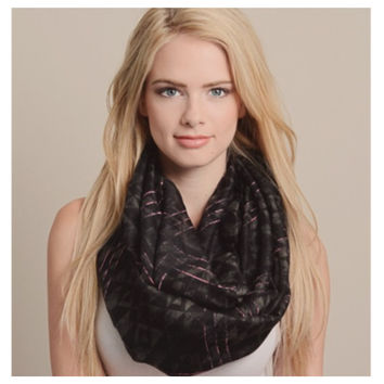"""Always My Style"" Black Mix Diamond Geo Print Infinity Scarf"
