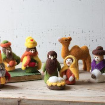 Set Of 9 Felt Nativity Scene