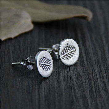 Art deco earrings,Antiqued silver Sterling earrings,Silver Stud Earrings,Flower earrings,leaf earrings,Retro Vintage earrings,Leaf studs,