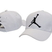 Trendy Unisex White Cotton Jordan Baseball Cap