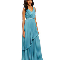 Vera Wang Sleeveless Pleated Gown - Rain