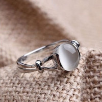 Fashion 2015 Gift!!! The Twilight Saga Bella's 18k White Gold Plated GP Moonstone Women's Wedding Ring = 5987641857