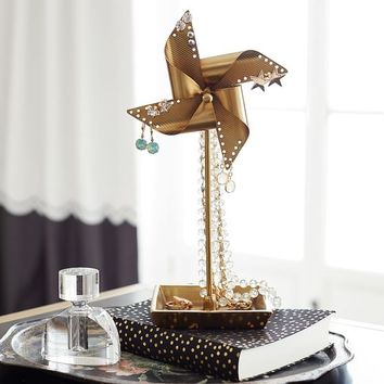The Emily & Meritt Pinwheel Jewelry Holder