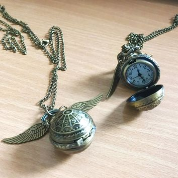 Vintage Style Men Women Harry Potter Angel Wing Charm Golden Snitch Pendent Necklace Female Male Popular Chain Necklace balls
