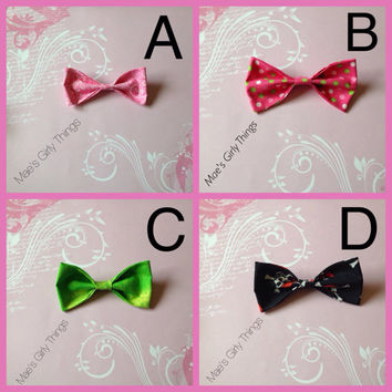 Childrens hairbow - Fabric Hair Bows - Handmade hair bows - Fast Shipping - Multiple options - Boutique bows