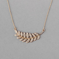 MEADOW LANE LEAF PENDANT NECKLACE