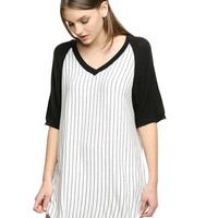 Striped V-neckShort Sleeve T-shirt