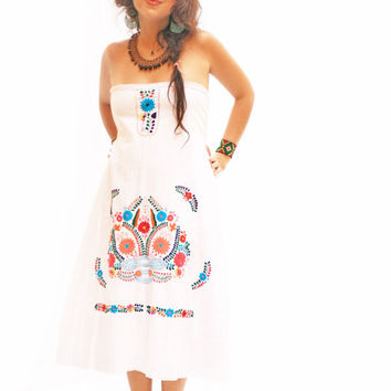 Gracia Mexican embroidered dress strapless tunic by AidaCoronado