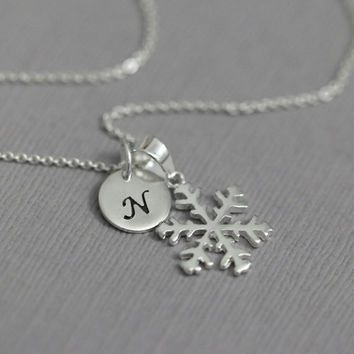 Sterling Silver Snowflake Necklace, Winter Necklace, Personalized Snowflake Necklace, Flower Gir Necklace, Bridesmaid Necklace, Gift for Her