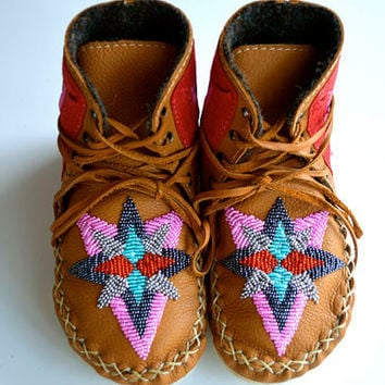Youth handmade leather beaded wool-lined moccasin winter boots with wool felt insole and crepe rubber sole