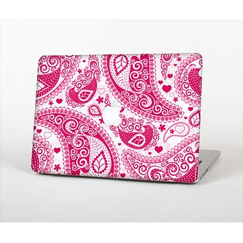 The Pink & White Paisley Pattern V421 Skin Set for the Apple MacBook Pro 13""