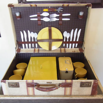 suitcase with picnic set / vintage suitcase with bakelite dishes 1940s old suitcase 1950s old luggage antique suitcase bakelite cups wedding