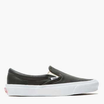Vault by Vans / OG Classic Slip-On in Black