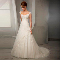 Elegant Lace Wedding Dresses V-neck Vintage Wedding Dresses Floor Length Wedding Gown