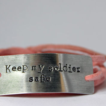"deployment bracelet, hand stamped, ""keep my soldier safe"", military wife, military girlfriend, deployment jewelry, military jewelry"