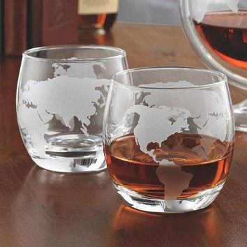 Etched Globe Whiskey Glasses (Set of 2) (Color: Clear)
