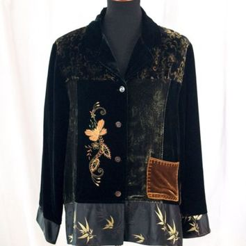 Black Velvet Blouse Embroidered  Button Up Shirt Size 1 Chicos Design Silk Blend