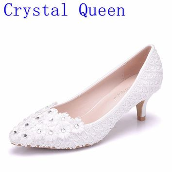 Crystal Queen 5cm Heel White Flower Lace Wedding Pump Shoes Low-Heeled Pearl Bridal Shoes Princess Pumps Platform Shoes