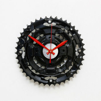 Bike Wall Clock, Industrial clock, Bike Gear Clock, Bicycle Chain Wall Clock, Steampunk clock , Upcycled Bike Parts Clock