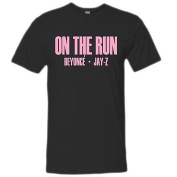 on the run beyonce jay z tour tshirt on the run beyonce jayz tour tanktop hoodie