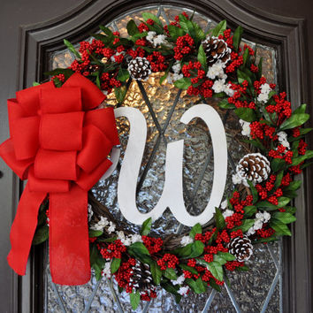 Chistmas Wreath, Holiday Wreath, Holly, Personalized, Monogramed, Mistletoe