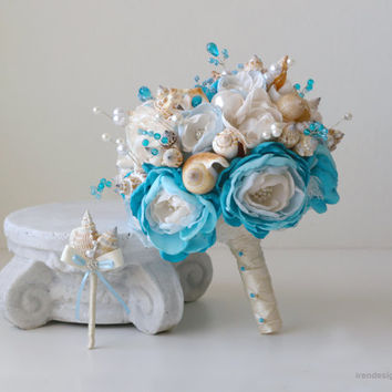 Set of teal blue color seashells wedding bouquet and boutonniere