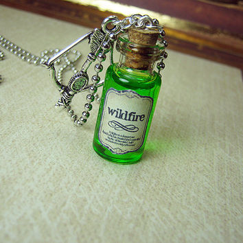 Game of Thrones WILDFIRE 2ml Glass Vial Necklace - Wild Fire Cork Glass Bottle Pendant - Westeros Poison Charm