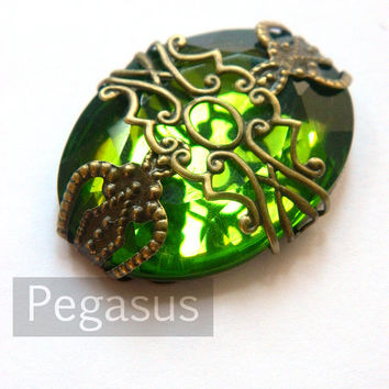 Emerald City Emerald Pendant (design 02)(1 Piece) Bronze Filigree Acrylic Flatback Gem Pendant lovely for Steampunk or Elven Costumes