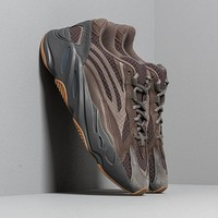 Adidas Yeezy Boost 700 V2 Sneakers