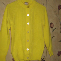 Vintage 70's girls teen  acrylic cardigan  yellow  sweater Woolco Stroller   size  34