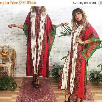 BLACK FRIDAY SALE Vintage 1970's Psychedelic Indian Bohemian Hippie Caftan MuuMuu Ethnic Holiday Dress || Free Size Or Medium