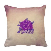 Vintage Retro Style Rose Mother's Day Throw Pillow