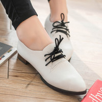 All-match Korean shoes 2016 autumn tie pointed flat retro shoes fashion white shoes leisure shoes